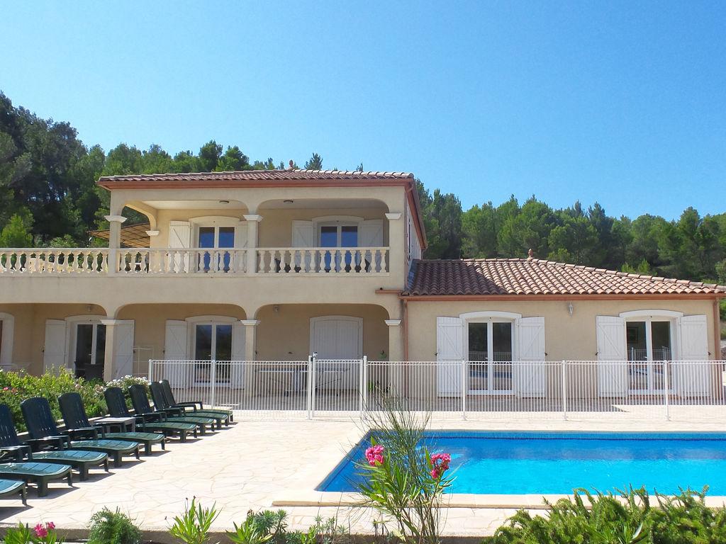 Maison de vacances Luxusvilla mit Jacuzzi in Montbrun-des-Corbieres (2542394), Azille, Aude intérieur, Languedoc-Roussillon, France, image 1