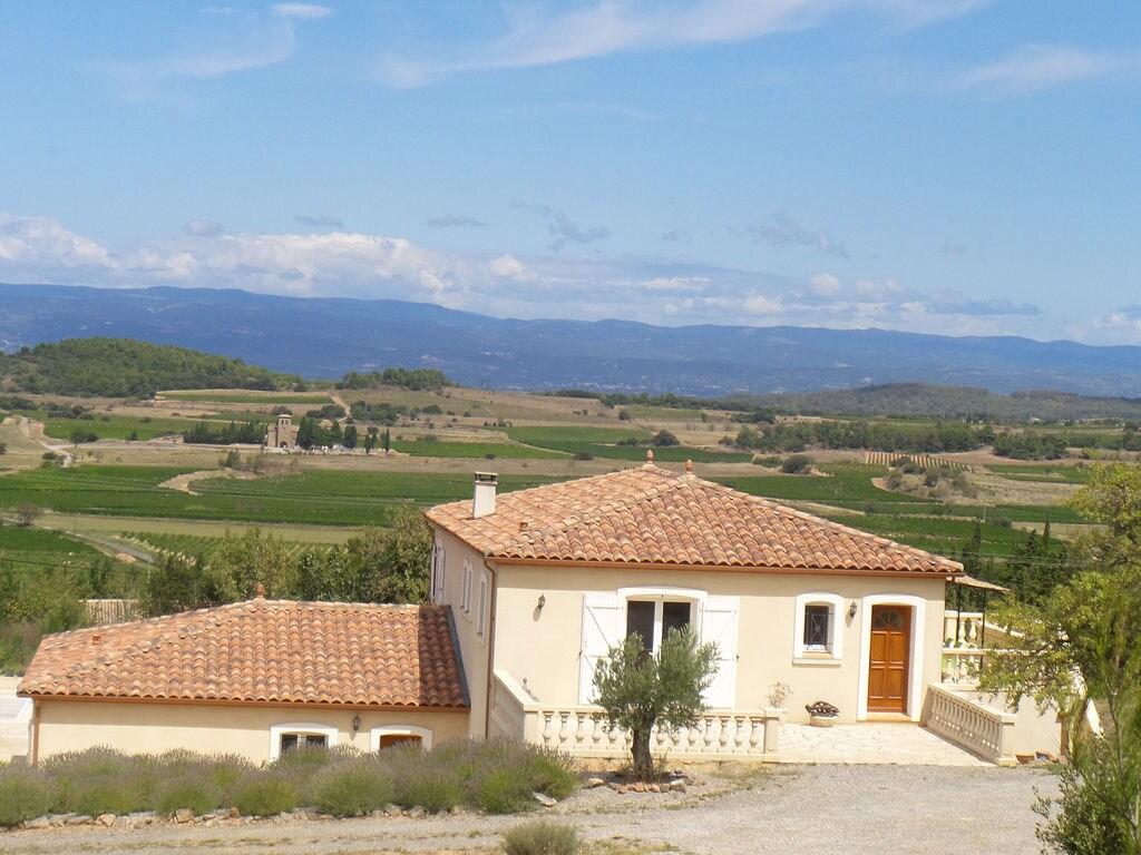 Maison de vacances Luxusvilla mit Jacuzzi in Montbrun-des-Corbieres (2542394), Azille, Aude intérieur, Languedoc-Roussillon, France, image 6