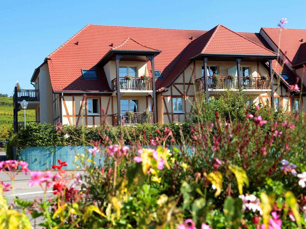 Holiday apartment Malerische Wohnung mit Geschirrspüler an einem ruhigen Ort (2570208), Bergheim (FR), Haut-Rhin, Alsace, France, picture 2