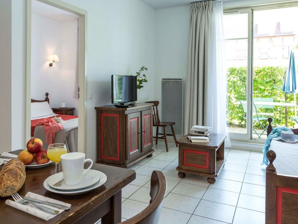 Holiday apartment Malerische Wohnung mit Geschirrspüler an einem ruhigen Ort (2570208), Bergheim (FR), Haut-Rhin, Alsace, France, picture 6