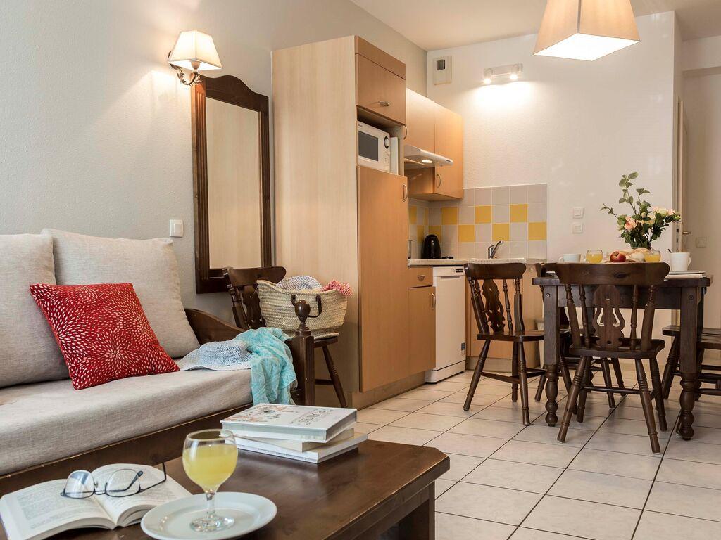 Holiday apartment Malerische Wohnung mit Geschirrspüler an einem ruhigen Ort (2570199), Bergheim (FR), Haut-Rhin, Alsace, France, picture 7