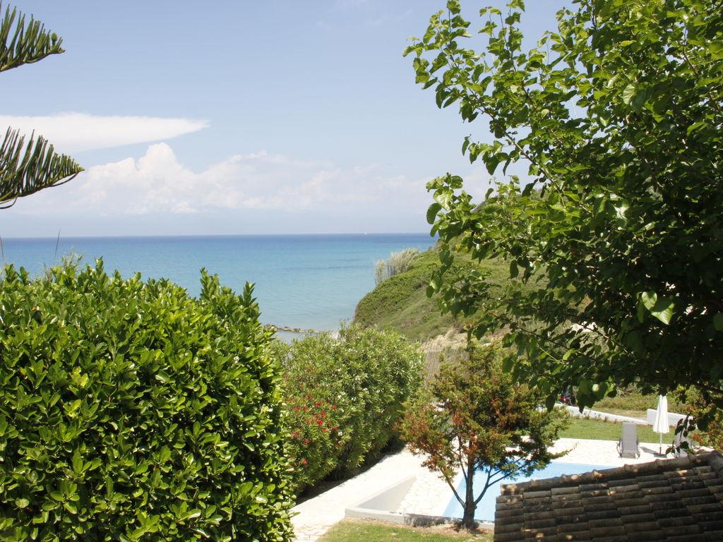 Ferienhaus Geräumige Villa auf Korfu nahe dem Meer (2611844), Agios Georgios, Korfu, Ionische Inseln, Griechenland, Bild 13
