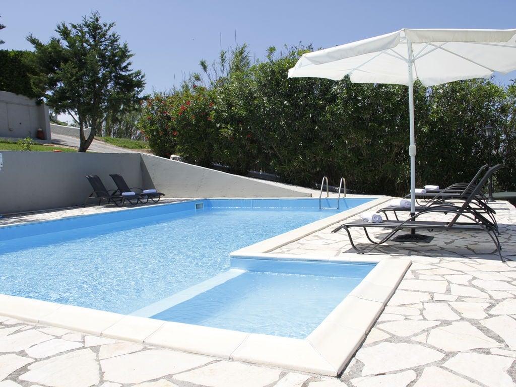 Ferienhaus Geräumige Villa auf Korfu nahe dem Meer (2611844), Agios Georgios, Korfu, Ionische Inseln, Griechenland, Bild 7