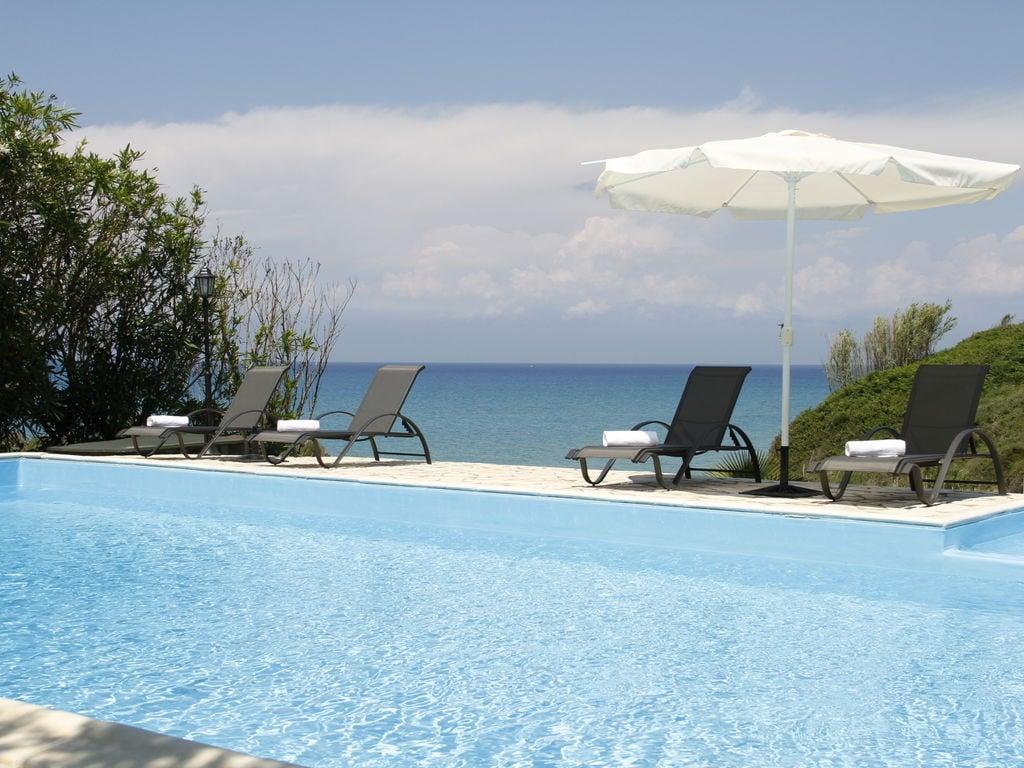 Ferienhaus Geräumige Villa auf Korfu nahe dem Meer (2611844), Agios Georgios, Korfu, Ionische Inseln, Griechenland, Bild 10