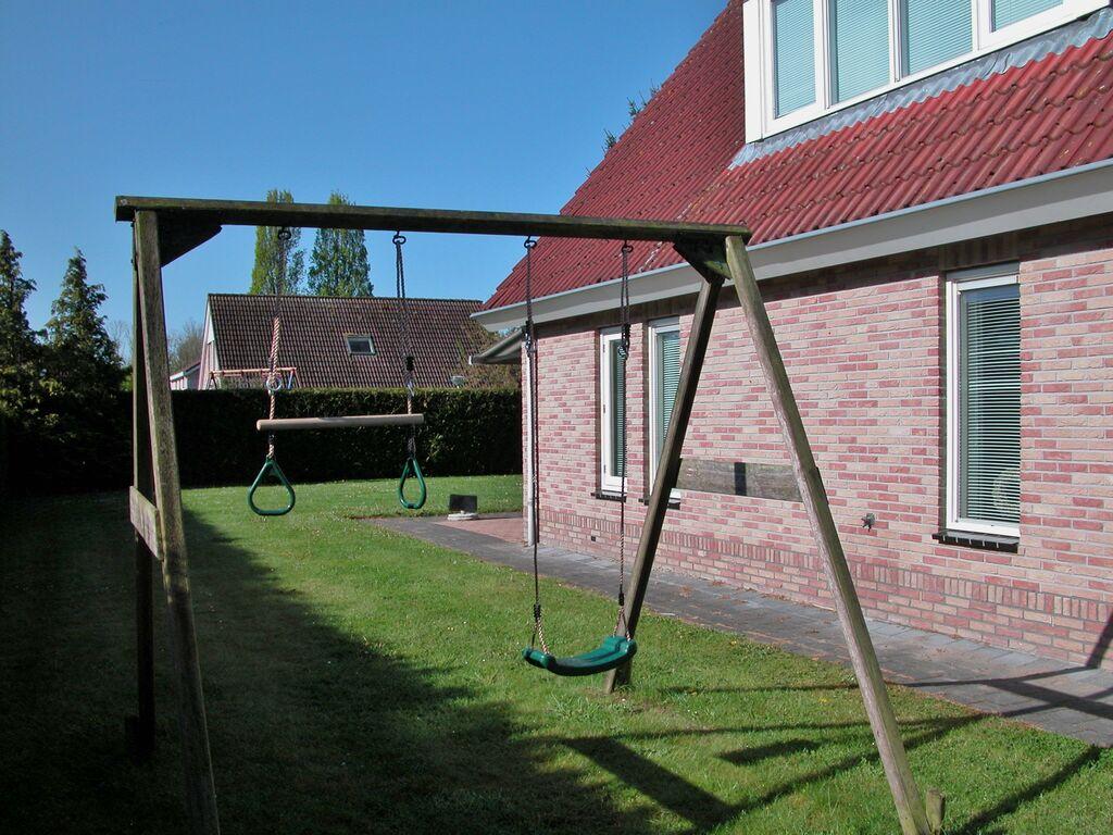 Ferienhaus Geräumiges Ferienhaus in Zeewolde mit großem Garten (2611839), Zeewolde, , Flevoland, Niederlande, Bild 34