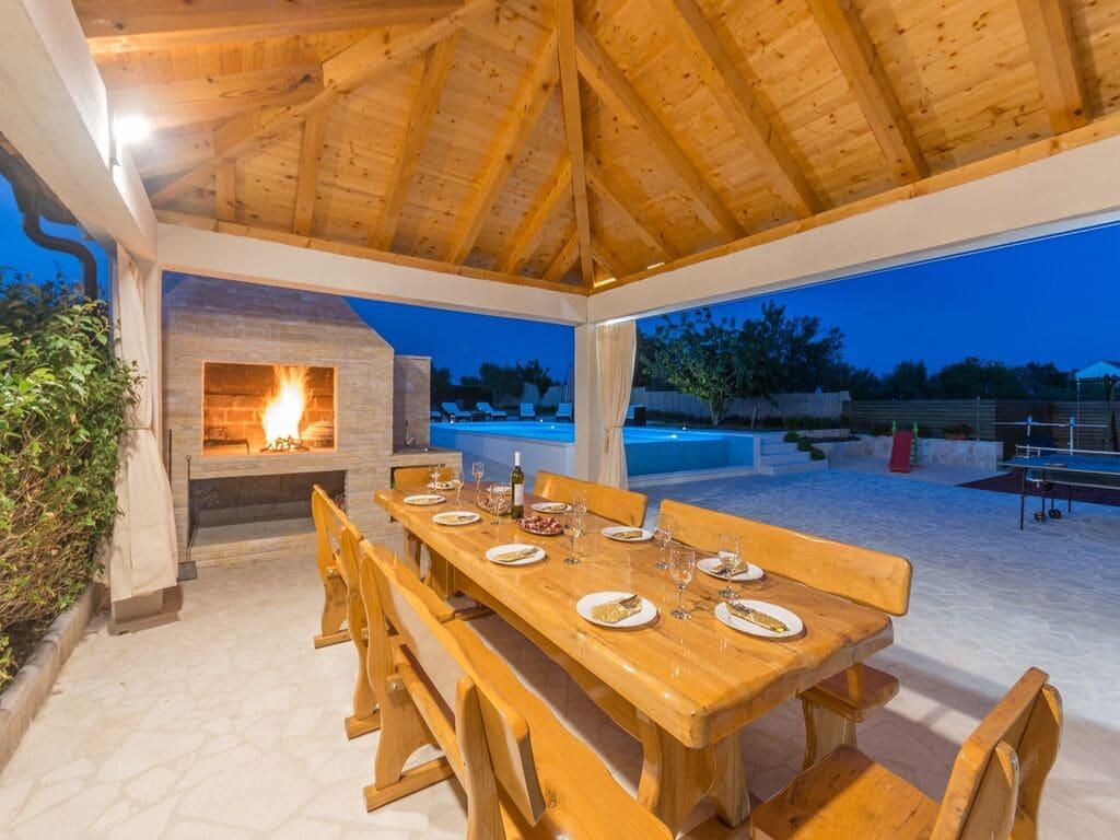 Ferienhaus Holiday home Olive garden (2593163), Pristeg, , Dalmatien, Kroatien, Bild 3