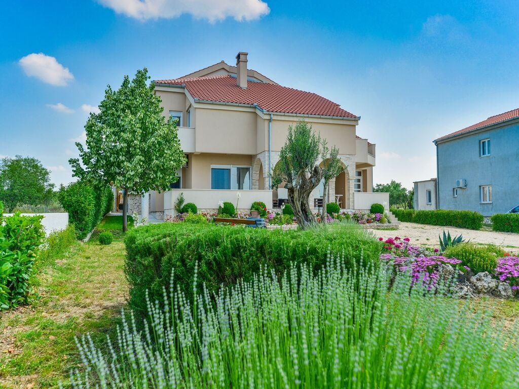Ferienhaus Holiday home Olive garden (2593163), Pristeg, , Dalmatien, Kroatien, Bild 5
