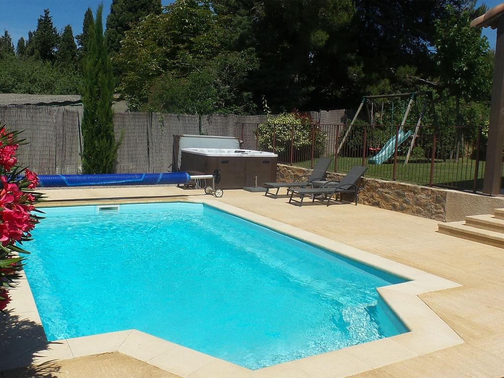 Maison de vacances Gemütliche Villa mit Jacuzzi in Montburn-des-Corbieres (2594646), Azille, Aude intérieur, Languedoc-Roussillon, France, image 2