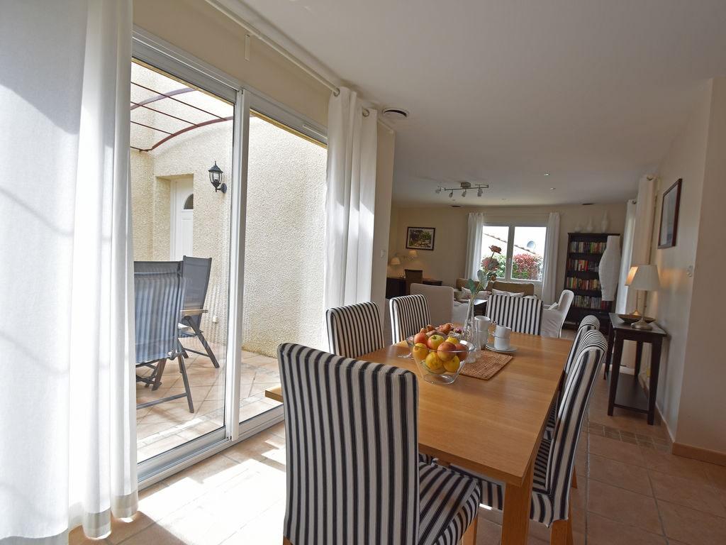 Maison de vacances Gemütliche Villa mit Jacuzzi in Montburn-des-Corbieres (2594646), Azille, Aude intérieur, Languedoc-Roussillon, France, image 9
