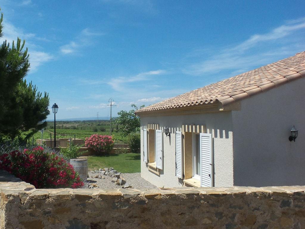 Maison de vacances Komfortable Villa mit Jacuzzi in Montburn-des-Corbieres (2597006), Azille, Aude intérieur, Languedoc-Roussillon, France, image 2