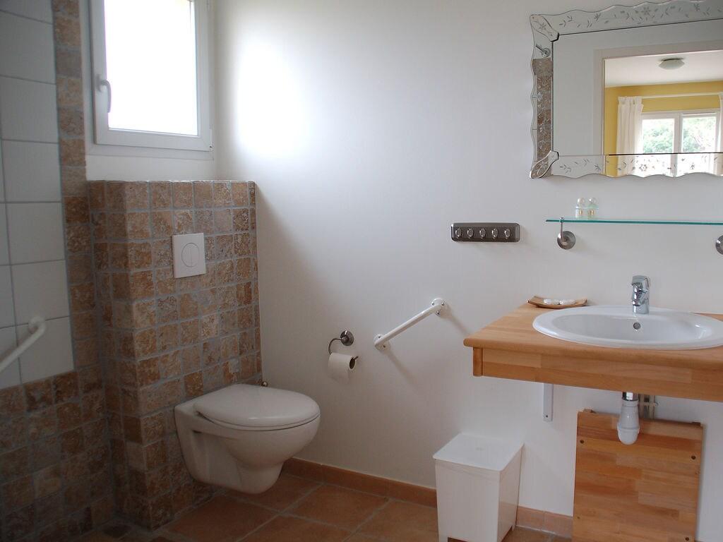 Maison de vacances Komfortable Villa mit Jacuzzi in Montburn-des-Corbieres (2597006), Azille, Aude intérieur, Languedoc-Roussillon, France, image 18