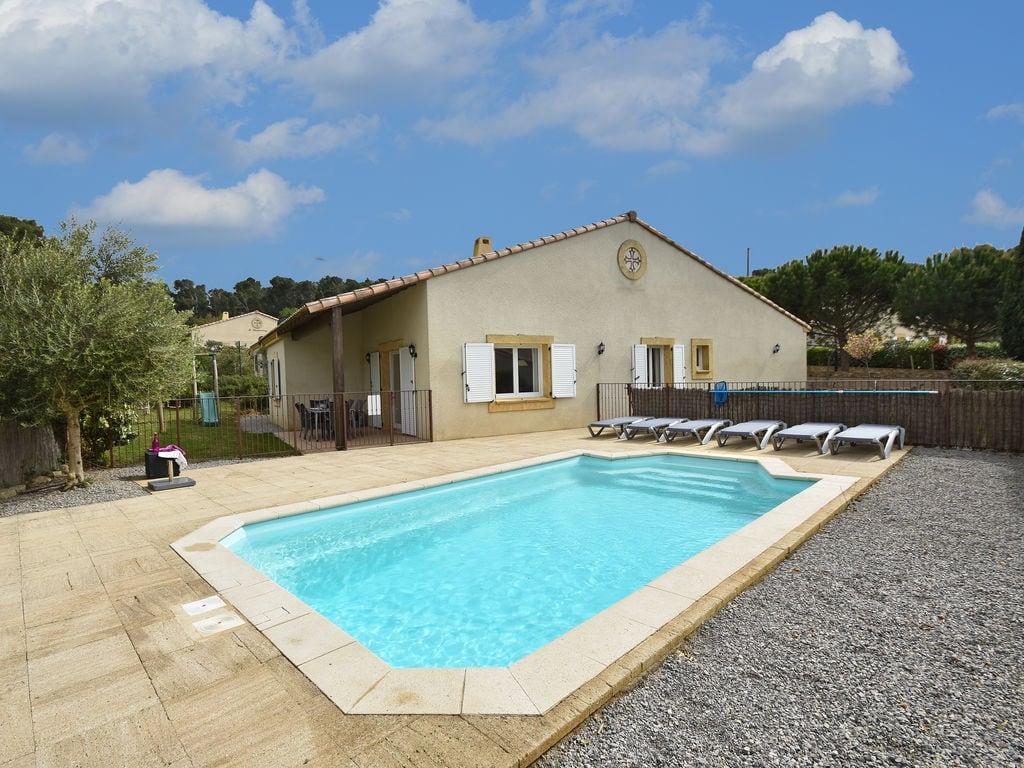 Maison de vacances Komfortable Villa mit Jacuzzi in Montburn-des-Corbieres (2597006), Azille, Aude intérieur, Languedoc-Roussillon, France, image 1