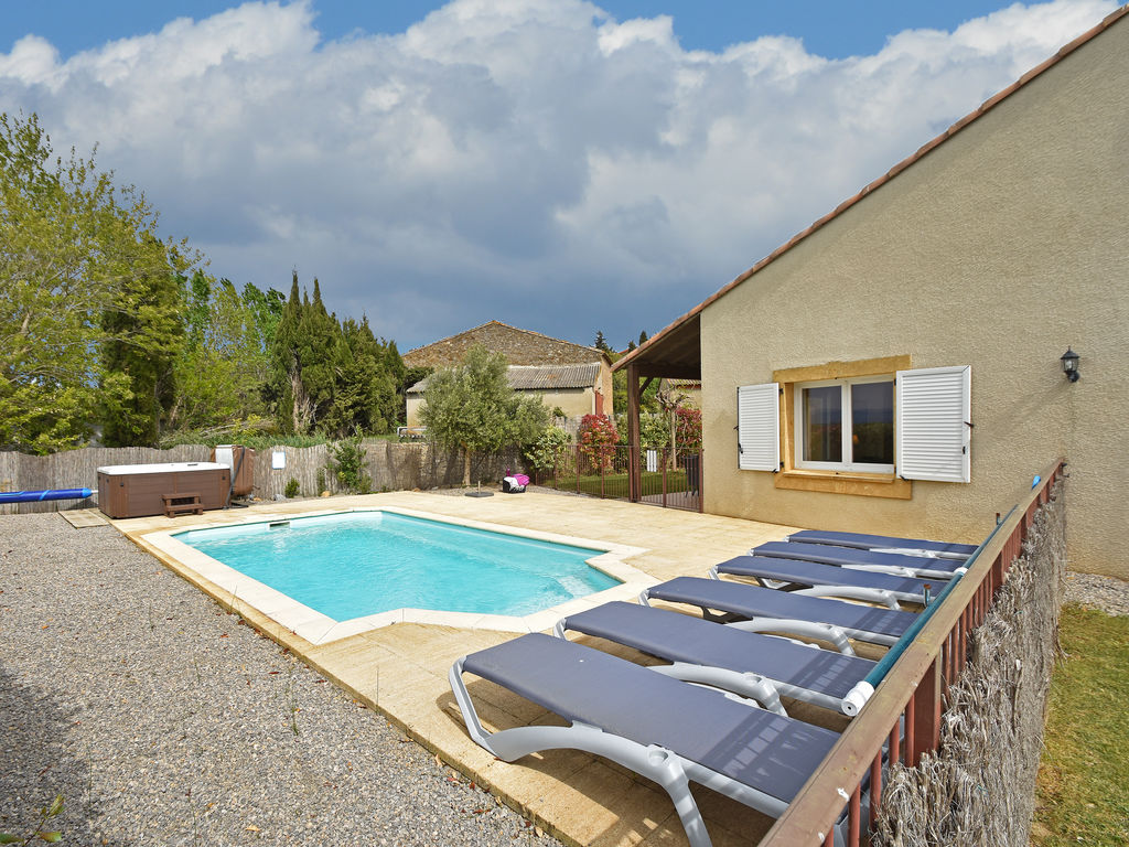 Maison de vacances Luxusvilla mit Jacuzzi in Montbrun-des-Corbieres (2597019), Azille, Aude intérieur, Languedoc-Roussillon, France, image 1