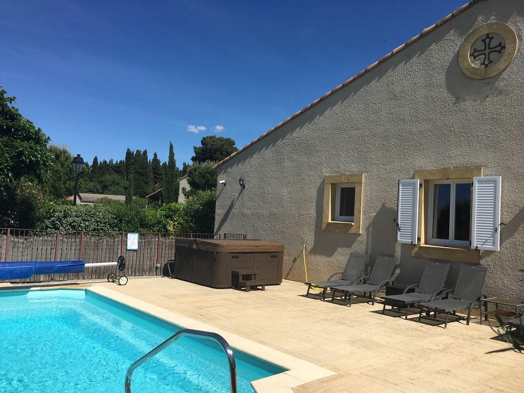 Maison de vacances Einladende Villa mit Pool in Montburn-des-Corbieres (2596999), Azille, Aude intérieur, Languedoc-Roussillon, France, image 1