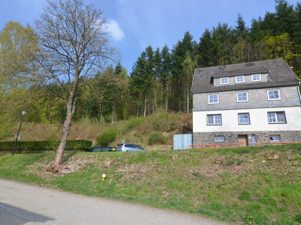 Ferienhaus Idyllisches Ferienhaus im Wald in Liesen (2614240), Hallenberg, Sauerland, Nordrhein-Westfalen, Deutschland, Bild 1