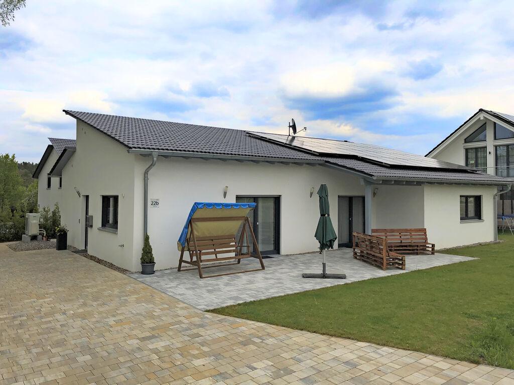 Haus mit Garten und Terrasse in Bodenwöhr nah Ferienhaus in Deutschland