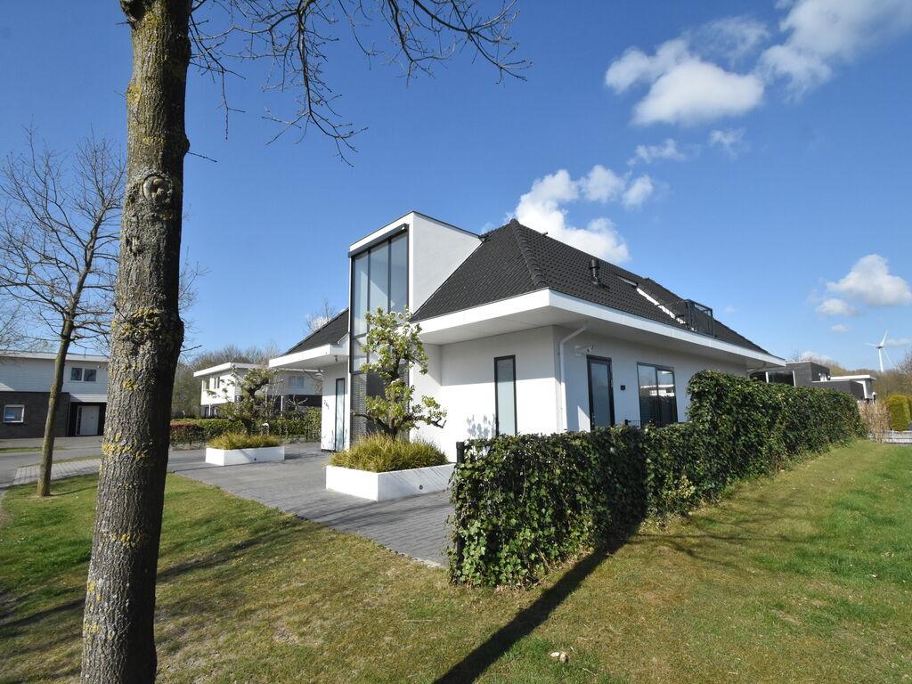 Ferienhaus Geräumiges Ferienhaus mit Kamin in Zeewolde (2622979), Zeewolde, , Flevoland, Niederlande, Bild 2