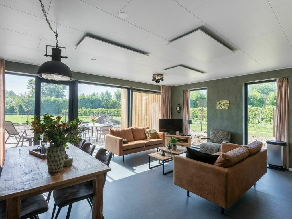 Ferienhaus Haus in Vrouwenpolder mit eigenerTerrasse (2655071), Vrouwenpolder, , Seeland, Niederlande, Bild 10