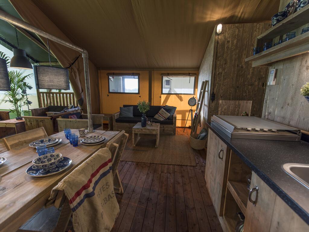 Ferienwohnung Zeltlodge mit Sanitäranlagen an Bedafse Bergen (2643474), Bedaf, , Nordbrabant, Niederlande, Bild 4