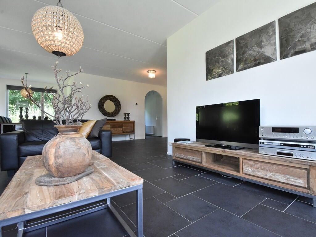 Ferienhaus Luxuriöses Ferienhaus in Zeewolde mit Pool (2644599), Zeewolde, , Flevoland, Niederlande, Bild 10