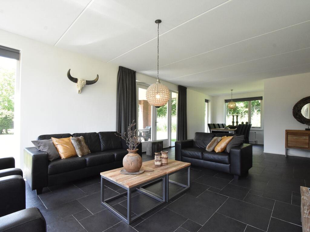 Ferienhaus Luxuriöses Ferienhaus in Zeewolde mit Pool (2644599), Zeewolde, , Flevoland, Niederlande, Bild 11