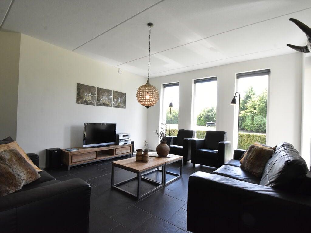 Ferienhaus Luxuriöses Ferienhaus in Zeewolde mit Pool (2644599), Zeewolde, , Flevoland, Niederlande, Bild 13