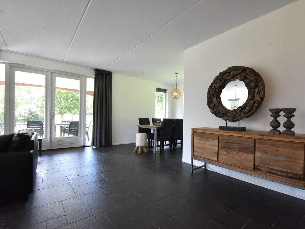 Ferienhaus Luxuriöses Ferienhaus in Zeewolde mit Pool (2644599), Zeewolde, , Flevoland, Niederlande, Bild 16