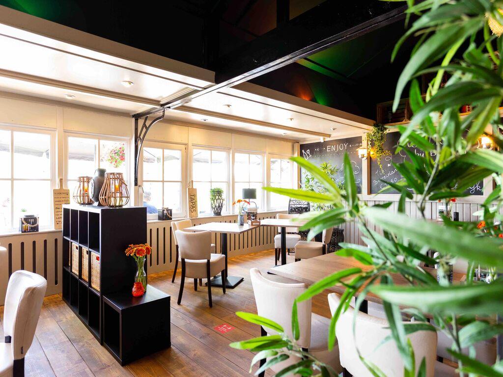 Ferienhaus Gut ausgestattetes Chalet mit Mikrowelle, in Wassernähe (2652663), Aalst (NL), Rivierenland, Gelderland, Niederlande, Bild 11