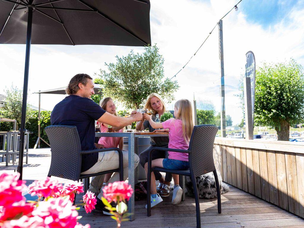 Ferienhaus Modernes Chalet mit Kombi-Mikrowelle, in Wassernähe (2652664), Aalst (NL), Rivierenland, Gelderland, Niederlande, Bild 22