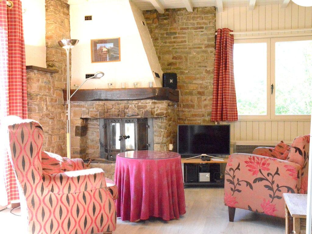 Ferienhaus Luxuriöses tierfreundliches Chalet in Bièvre in Waldnähe (2685050), Bièvre, Namur, Wallonien, Belgien, Bild 4