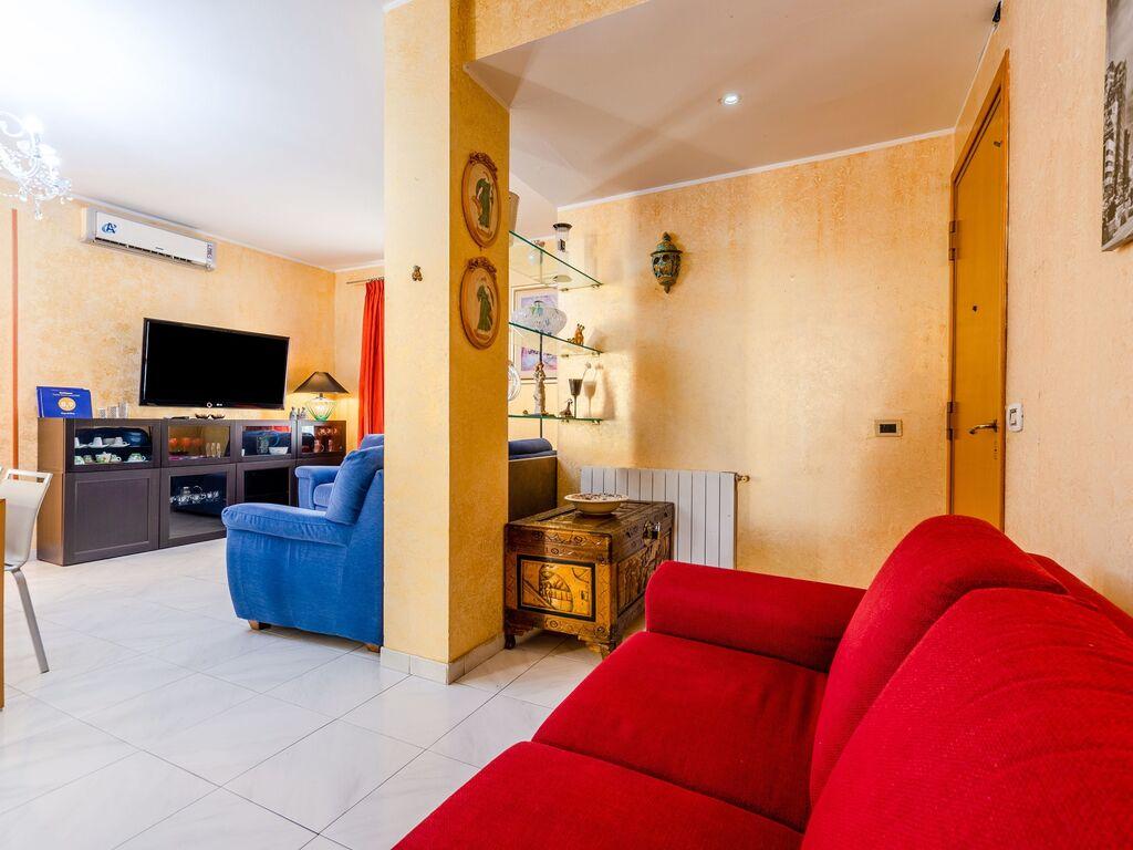 Maison de vacances Schönes Ferienhaus in Catania mit Grill (2774549), Villa Caruso, Catania, Sicile, Italie, image 8