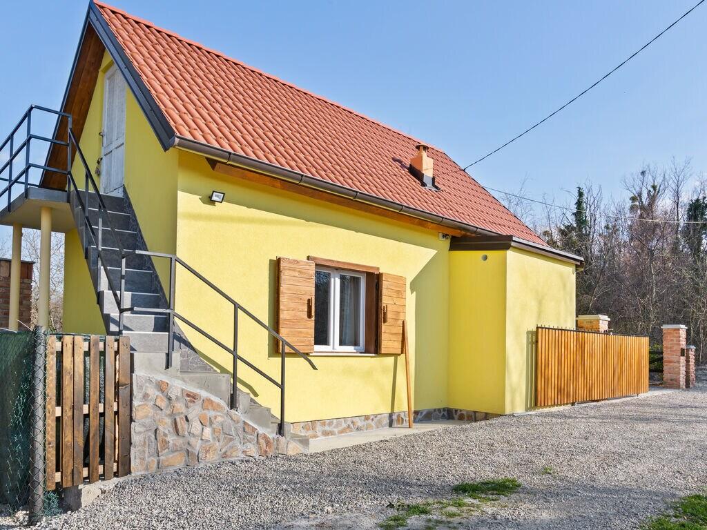 Ferienhaus Rustikales Ferienhaus in Donja Stubica mit Terrasse (2752841), Ivanec, , Mittelkroatien, Kroatien, Bild 1