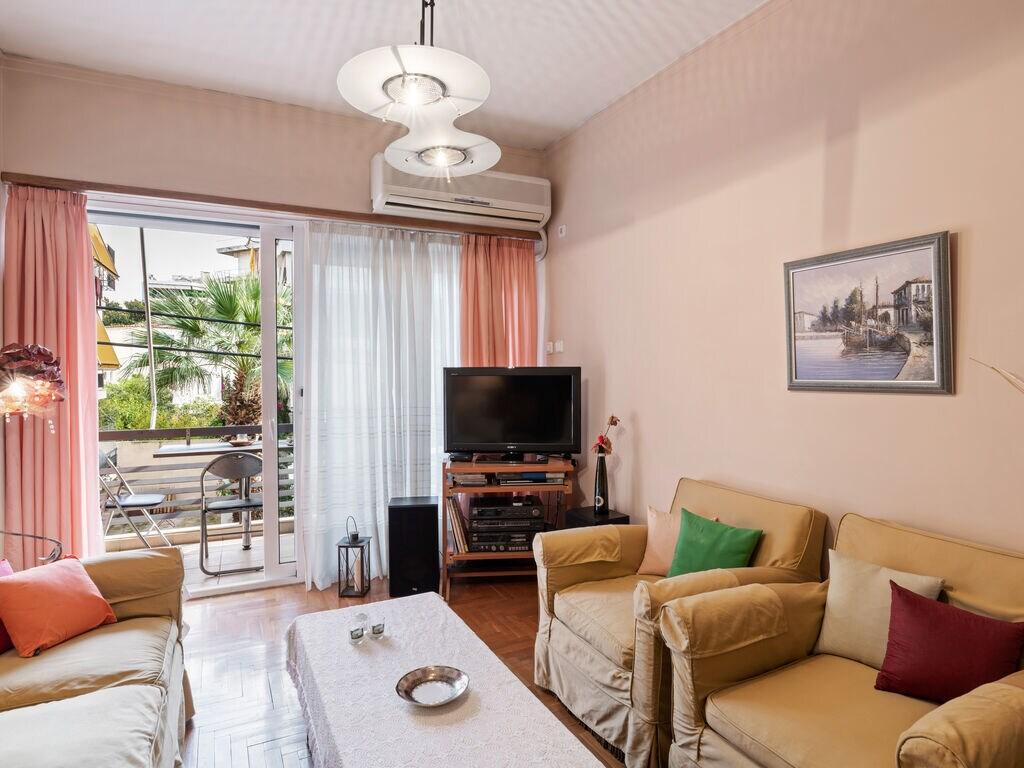 Ferienwohnung Geschmackvolle Ferienwohnung in Athen mit Klimaanlage (2734295), Paleo Faliro, , Attika, Griechenland, Bild 2