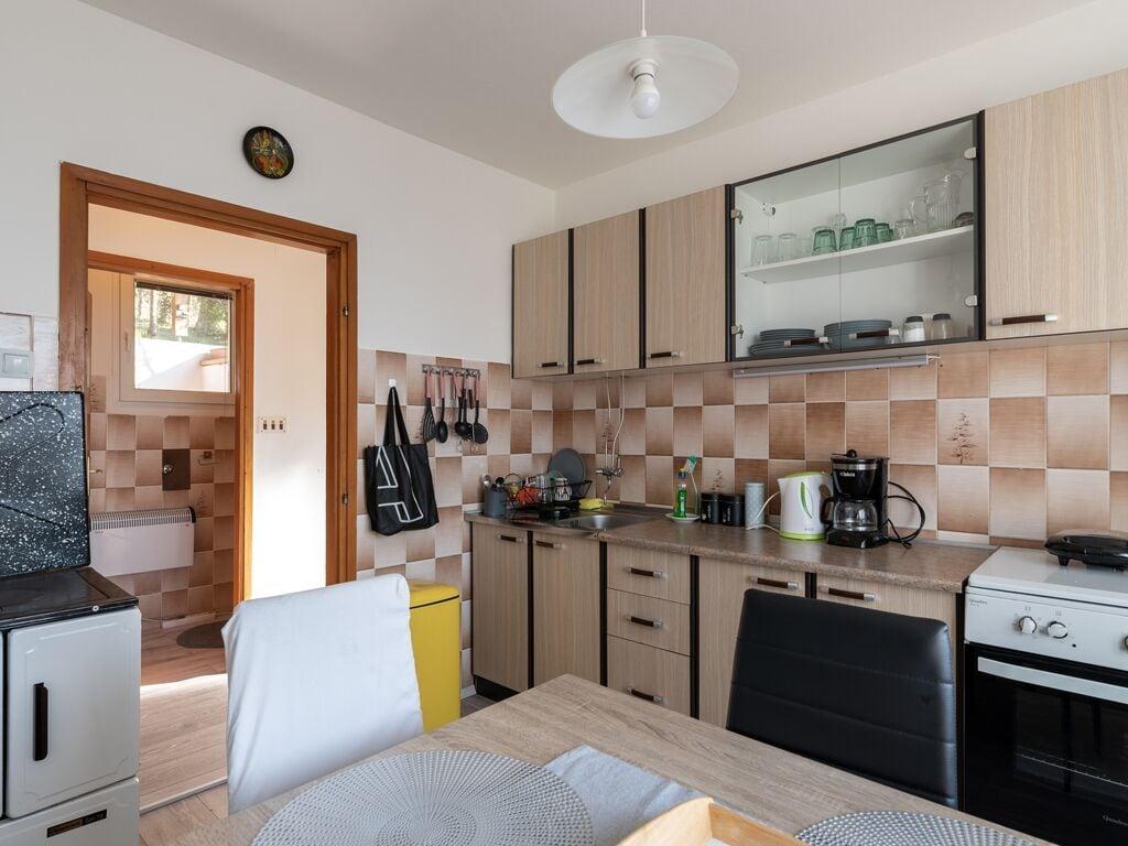 Ferienhaus Verführerisches Ferienhaus in Prilipje mit Terrasse (2778032), Jastrebarsko, , Mittelkroatien, Kroatien, Bild 11