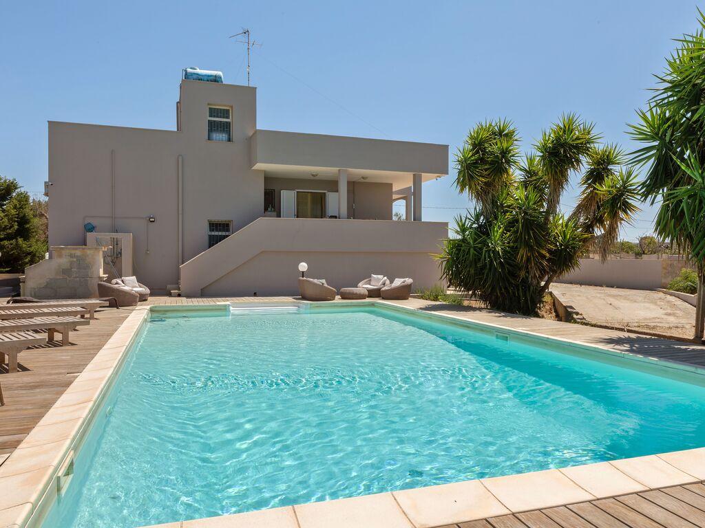 Ferienhaus Erfrischende Villa in Ugento mit privatem Pool (2786164), Ugento, Lecce, Apulien, Italien, Bild 2