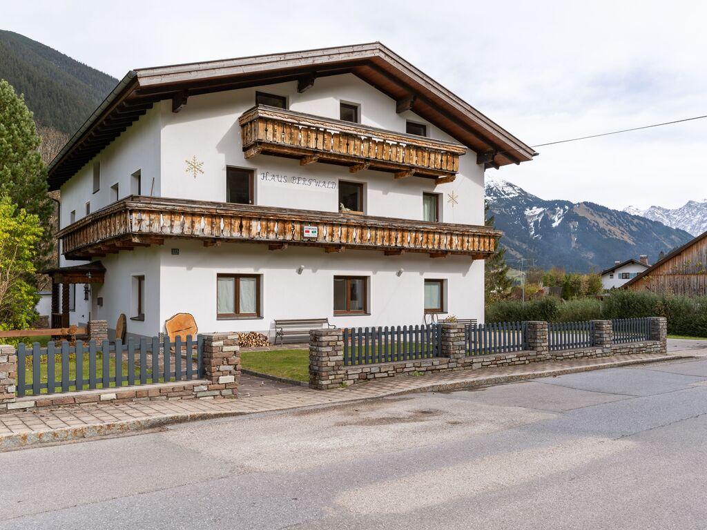 Ferienwohnung Gemütliche Wohnung in Bichlbach mit gemeinsamer Sauna (2835421), Bichlbach, Tiroler Zugspitz Arena, Tirol, Österreich, Bild 2