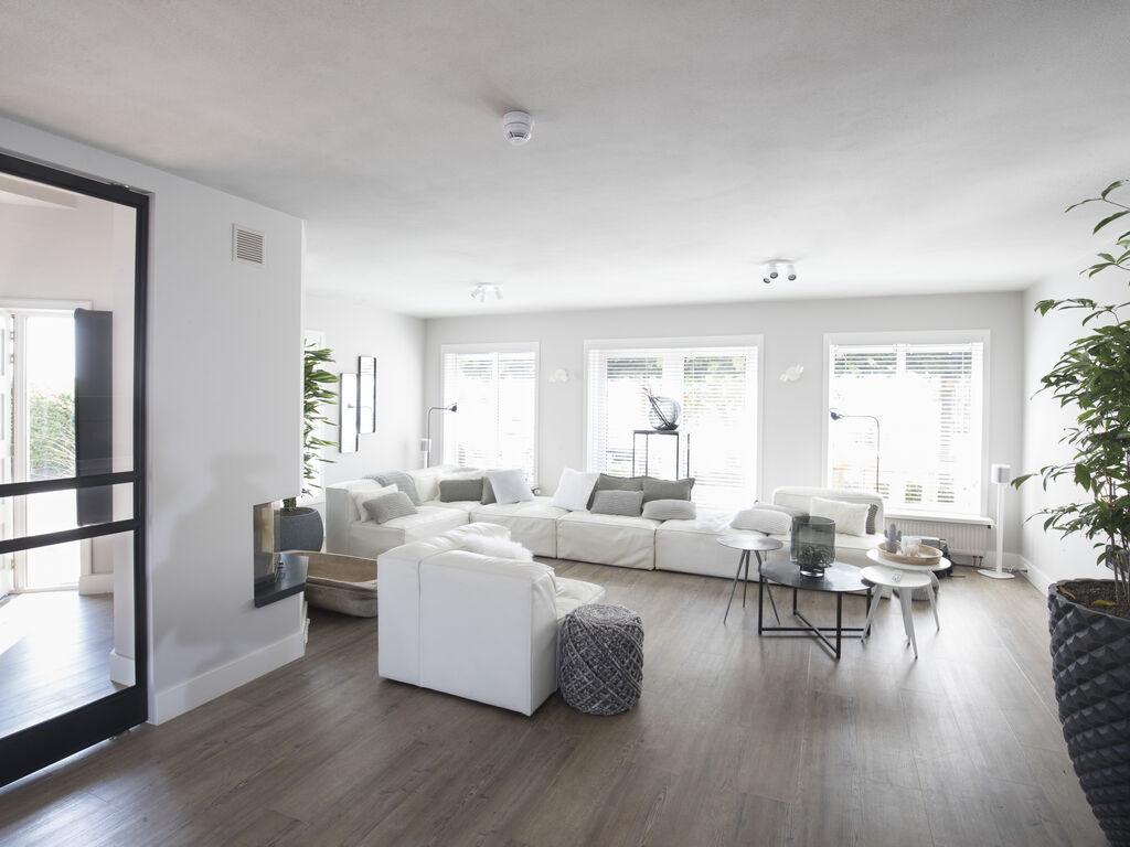 Ferienhaus Luxuriöse Villa mit Außenküche und Aussicht auf einen Freizeitsee (2752950), Maurik, Rivierenland, Gelderland, Niederlande, Bild 2
