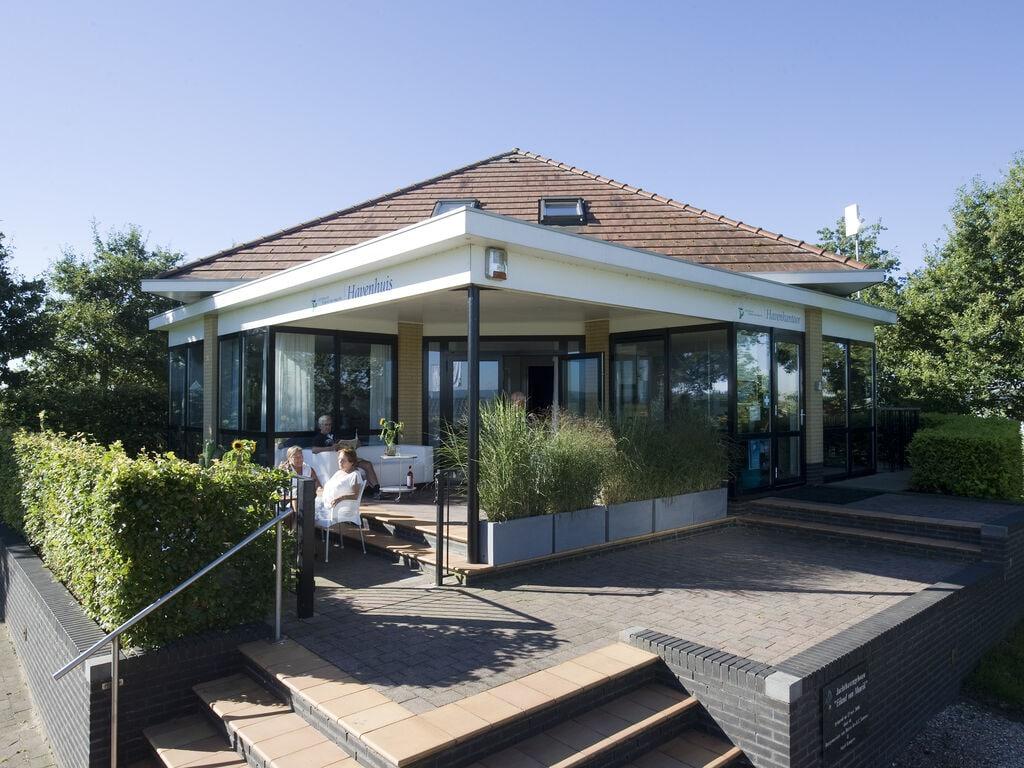 Ferienhaus Moderne Villa mit einer schönen Terrasse am Yachthafen (2753236), Maurik, Rivierenland, Gelderland, Niederlande, Bild 1
