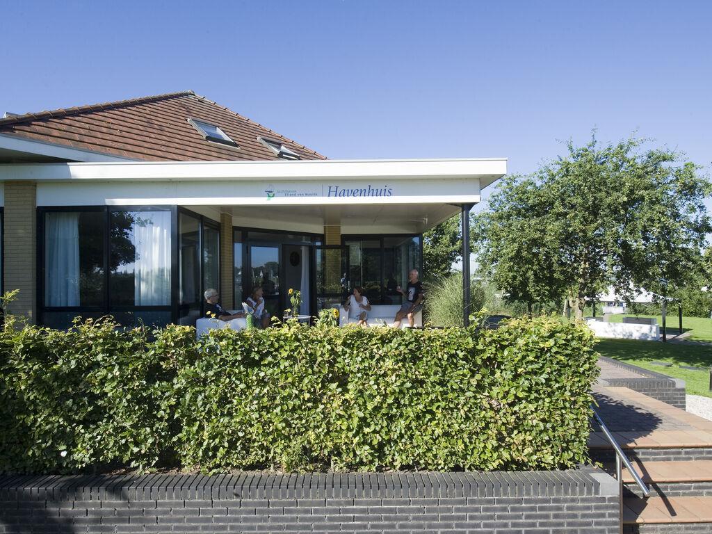 Ferienhaus Moderne Villa mit einer schönen Terrasse am Yachthafen (2753236), Maurik, Rivierenland, Gelderland, Niederlande, Bild 2