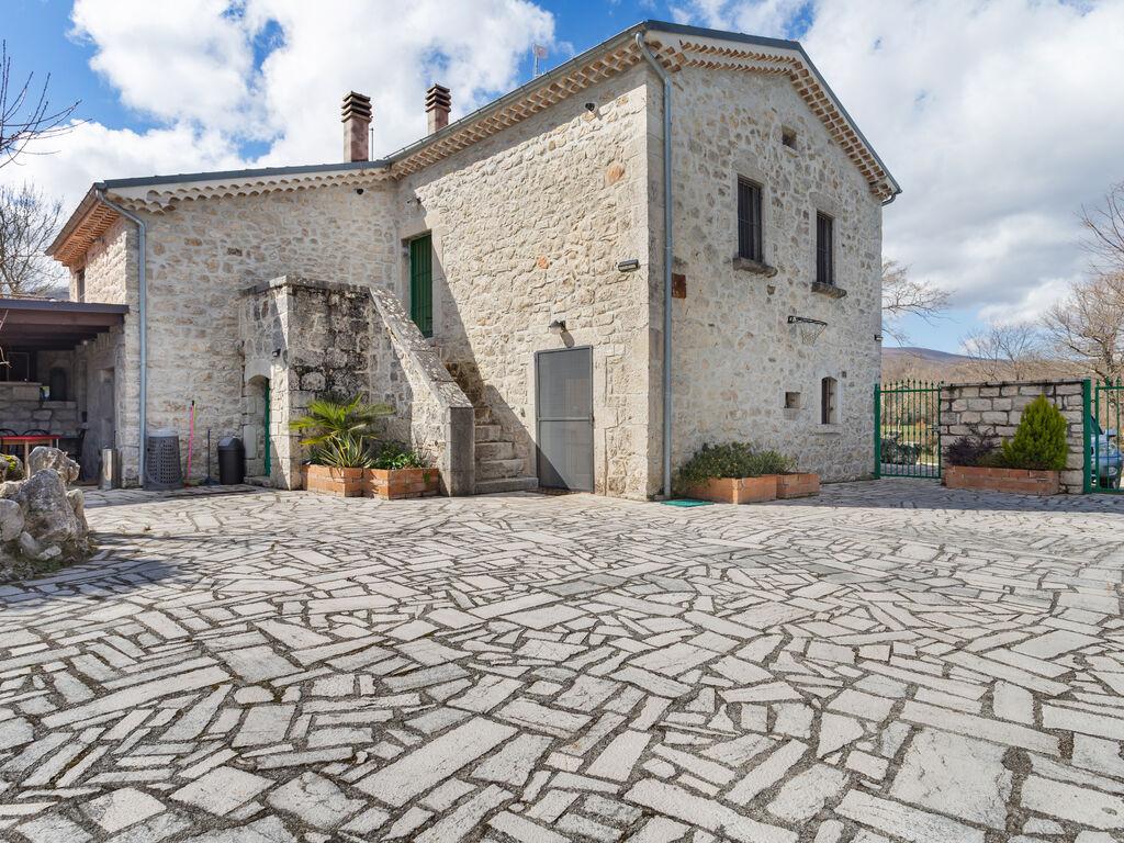 Ferienhaus mit Blick auf das Tal in Sepino mit Innenhof (2753522), Sepino, Campobasso, Molise, Italien, Bild 1