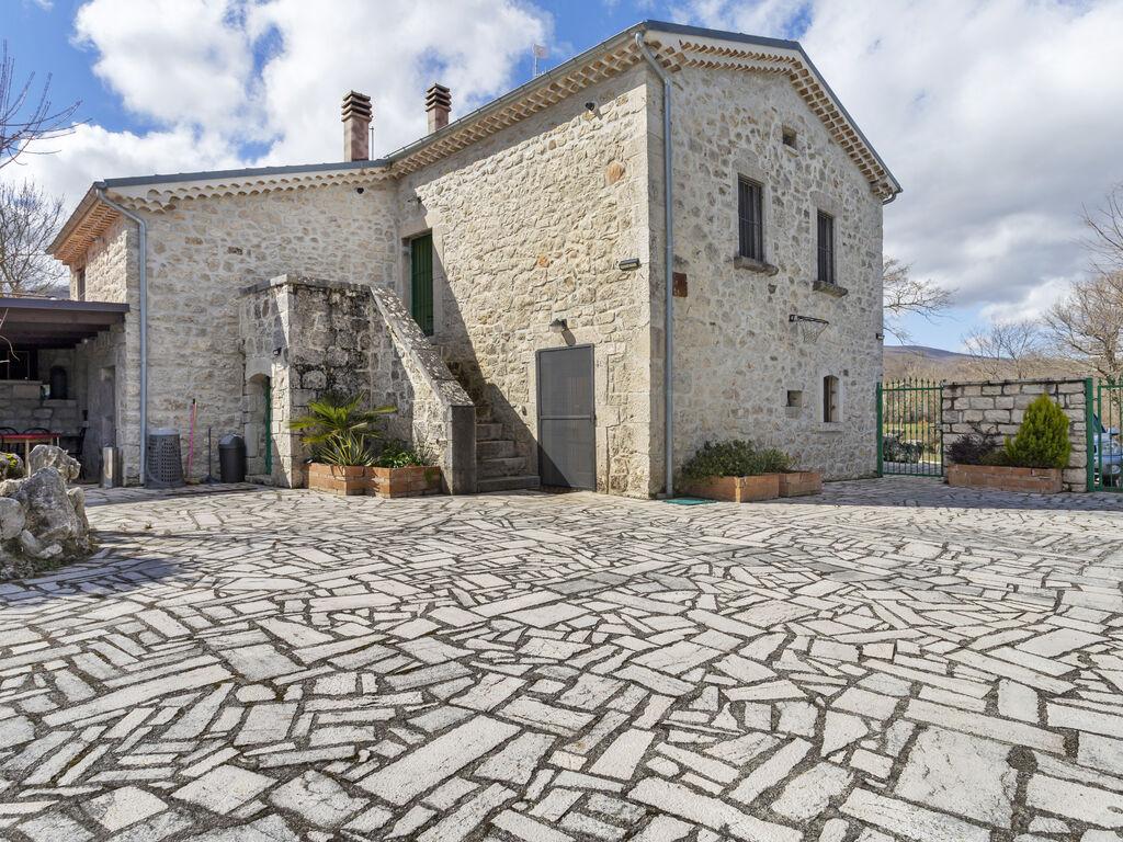 Ferienhaus Abgeschiedenes Ferienhaus in Sepino mit Balkon (2753317), Sepino, Campobasso, Molise, Italien, Bild 2