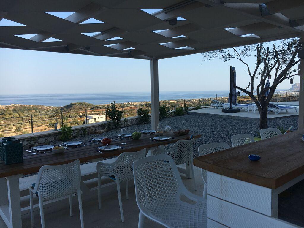 Holiday house Schöne neue Luxusvilla mit Überlaufpool, Außenküche und Meerblick (2753002), Faliraki, Rhodes, Dodecanes Islands, Greece, picture 24