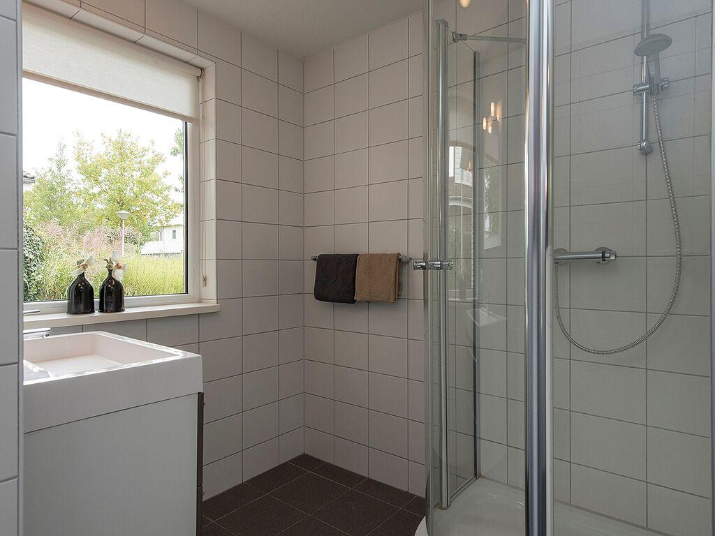 Ferienhaus Luxusvilla in Harderwijk mit Garten direkt am Wasser (2785222), Zeewolde, , Flevoland, Niederlande, Bild 15