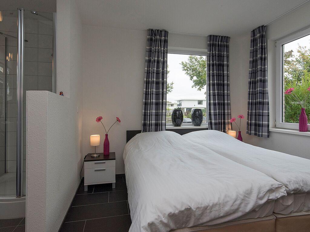 Ferienhaus Luxusvilla in Harderwijk mit Garten direkt am Wasser (2785222), Zeewolde, , Flevoland, Niederlande, Bild 6