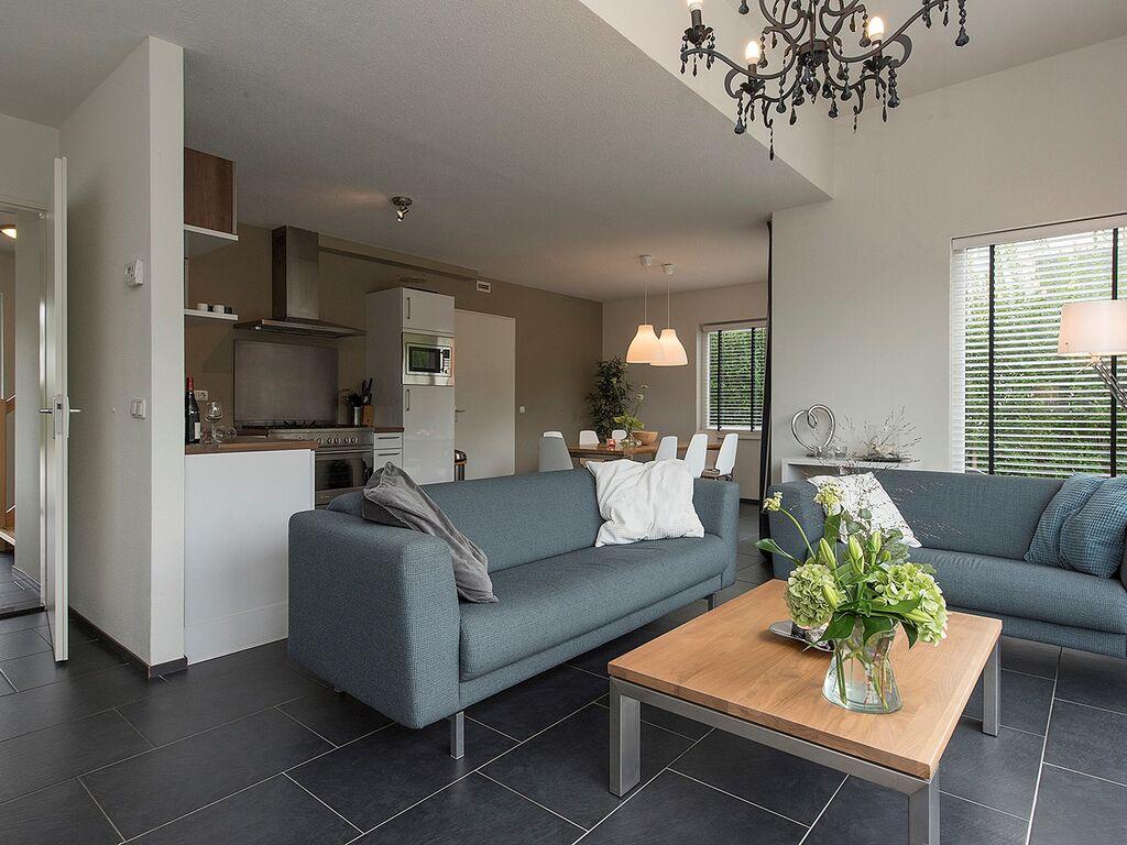 Ferienhaus Luxusvilla in Harderwijk mit Garten direkt am Wasser (2785222), Zeewolde, , Flevoland, Niederlande, Bild 3