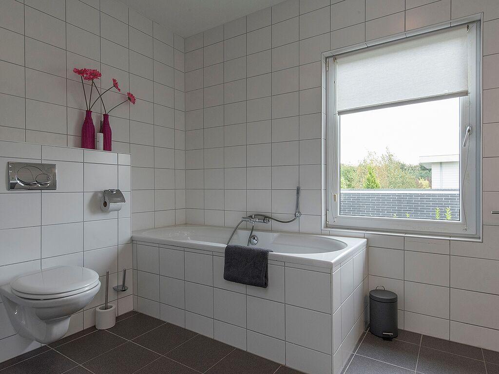 Ferienhaus Luxusvilla in Harderwijk mit Garten direkt am Wasser (2785222), Zeewolde, , Flevoland, Niederlande, Bild 14