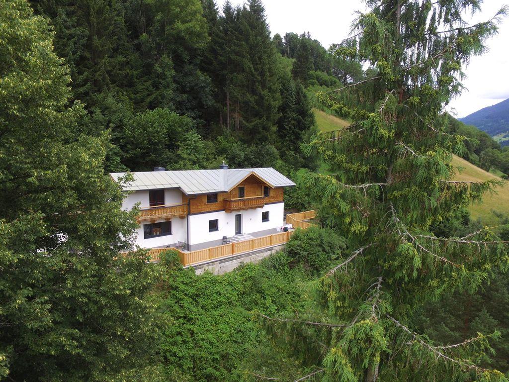 Ferienhaus Renoviertes Ferienhaus nahe Zell am See mit umzäuntem Garten (2773355), Bruck an der Großglocknerstraße, Pinzgau, Salzburg, Österreich, Bild 2