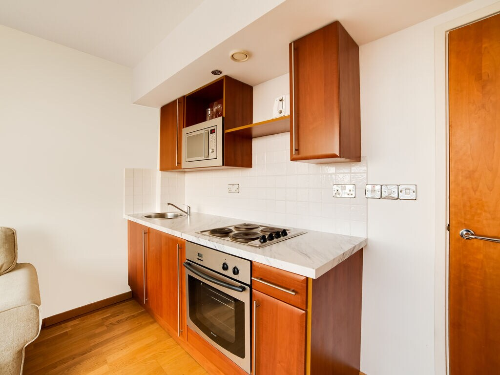 Ferienwohnung Flat-703- ROLAND HOUSE - STUDIO APARTMENT (2752832), London, London, England, Grossbritannien, Bild 15