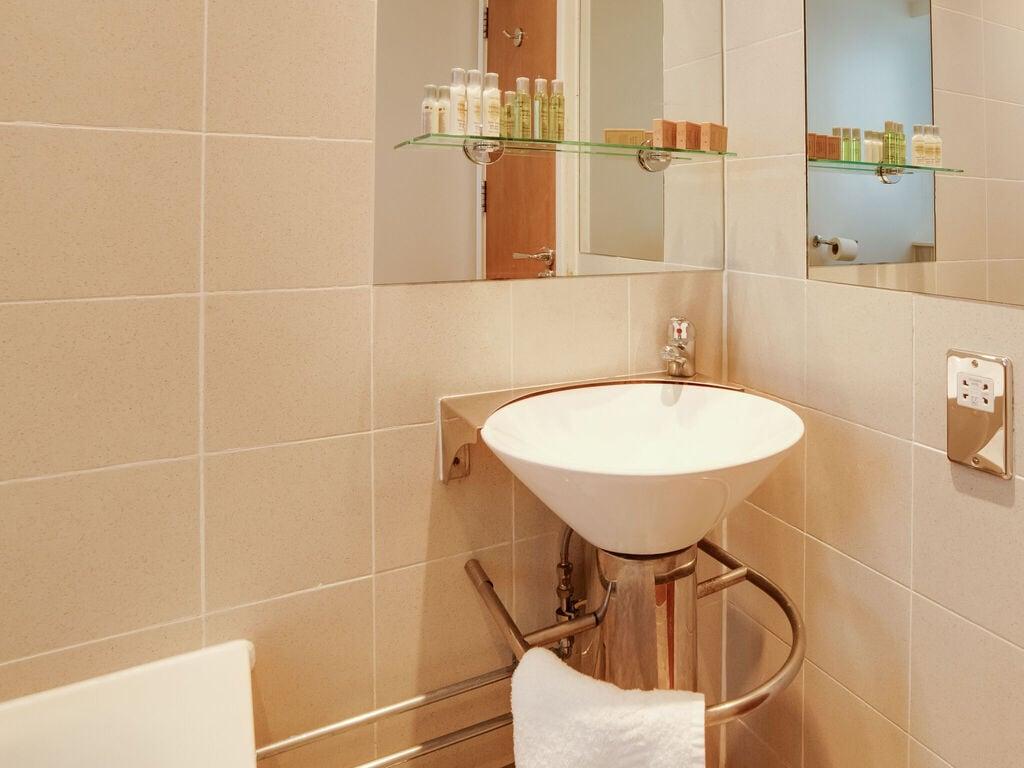 Ferienwohnung Flat-703- ROLAND HOUSE - STUDIO APARTMENT (2752832), London, London, England, Grossbritannien, Bild 20