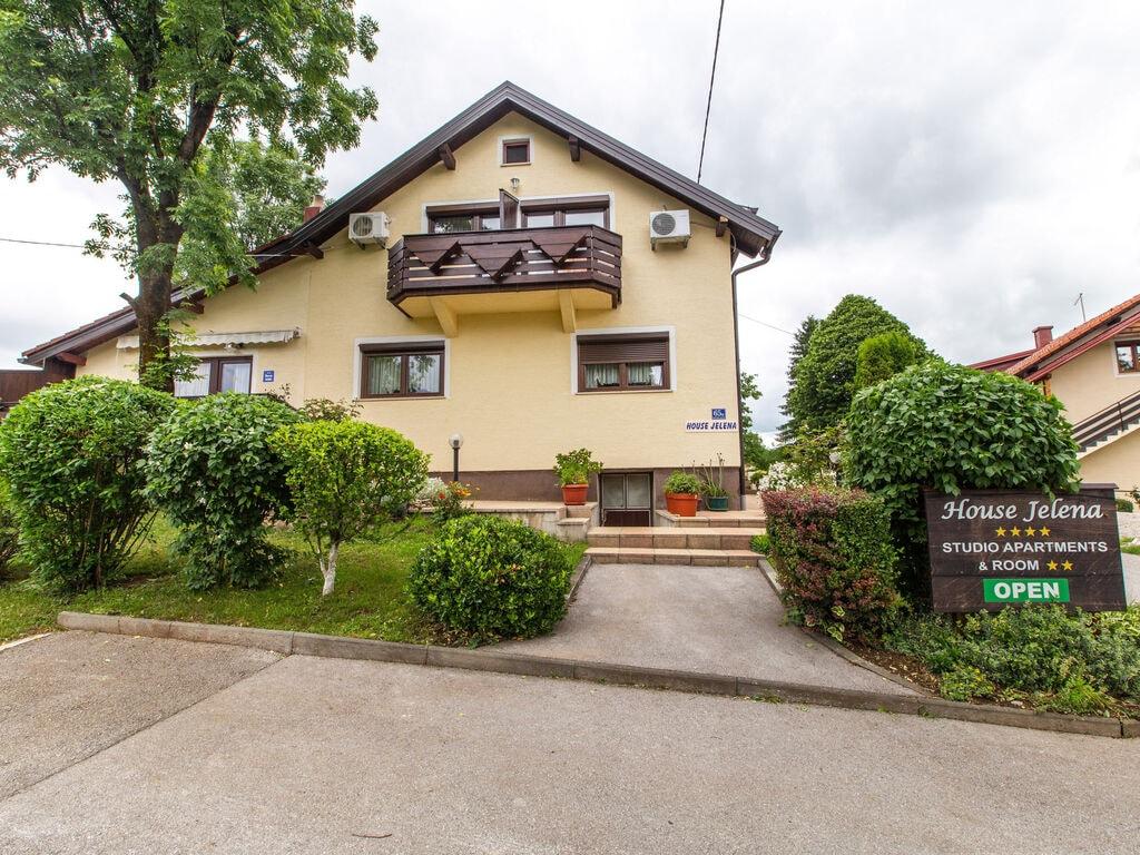 Ferienwohnung Boutique-Wohnung in Seliate Dre~niko mit Garten (2785227), Dreznik Grad, , Mittelkroatien, Kroatien, Bild 7